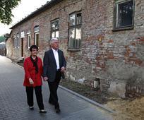 Predsjednik Dieter F. Uchtdorf u posjetu rodnom gradu i susret s vjernicima u Europi